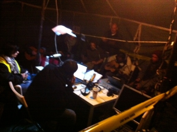 Live jamming for the#occupydenhaag livestream/livechat people