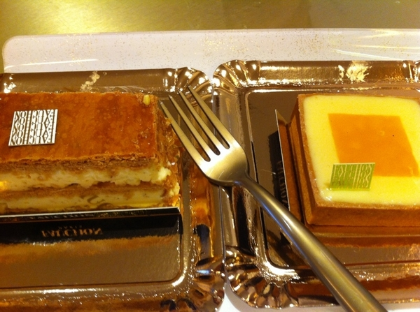 Breakfast at Fauchon. Beautiful, exemplary lemon tart, stellar millefeuille. So commanding you eat very slowly ...
