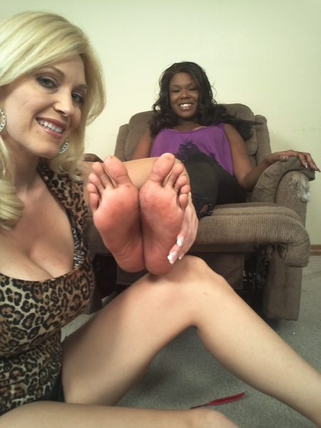 Foot tickle time!  @Charlee_chase about to start tickling @mstierraferrari long, slender, crazy ticklish feet.