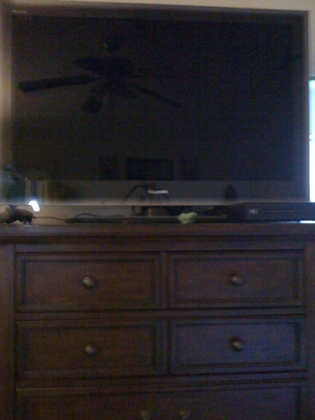 @Spainkiller @vampnadine me too, I have a 46 inch flatscreen on my dresser