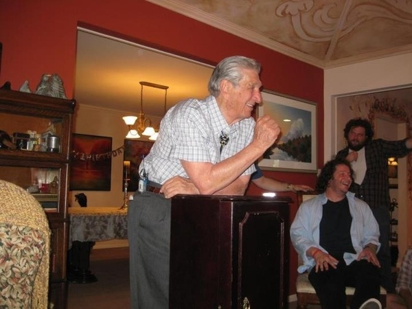 Happy Fathers Day to my 90 year old Mean Uncle Murray. Thanks for always making fun of me and giving me thick skin. Xo
