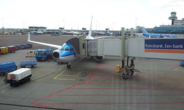 Vliegtuig KLM naar Kopenhagen. #circom