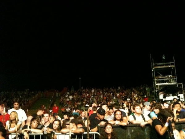 The crowd.   #INCUBUS