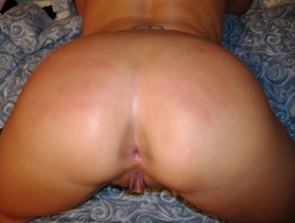 From USA, Mrs @SouthrnCouple sexting her ASSets :D  #booty #butt #nude #vagina #pussy #labia #snatch #ass