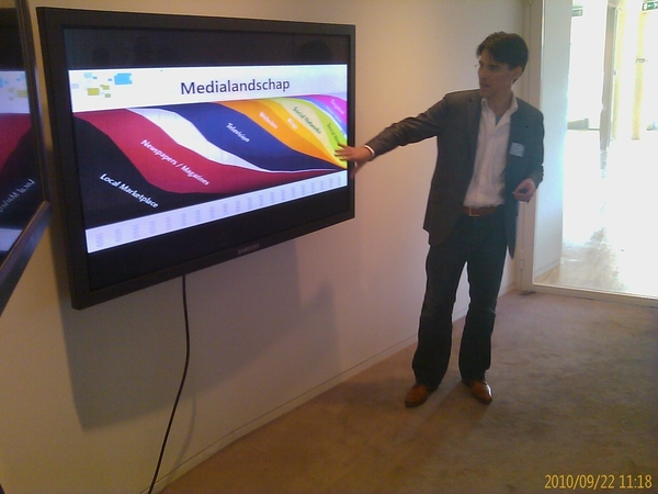 @netwerven on the roll tijden de #rvg10 presentatie over 'luisteren'#mslnc