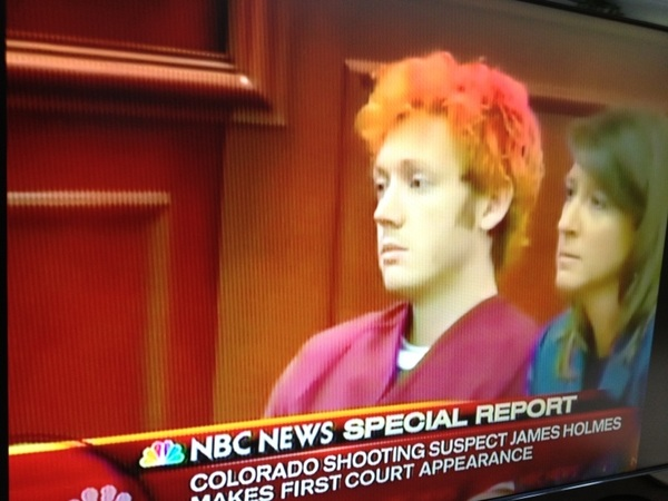 Colorado shooting suspect in court right now #aurora #theatershooting