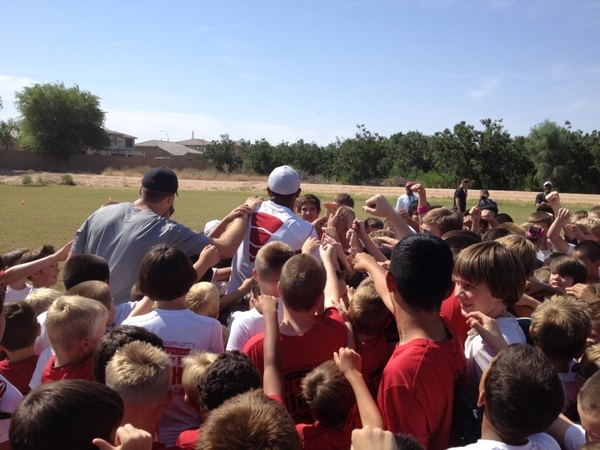 @ASherman49  @MichaelMFloyd and @ryanlindley14 breaking it down with the kids