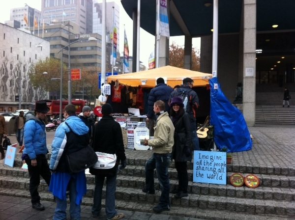 Team X On tour. Nu @occupyrotterdam hierna @occupydenhaag #occupyNL #fb