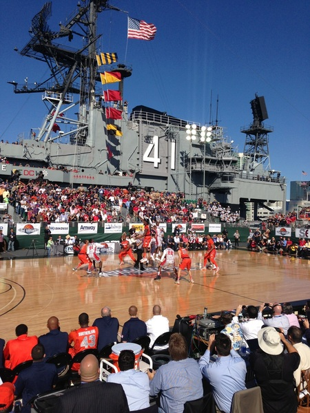 Battle at the midway! #goaztecs