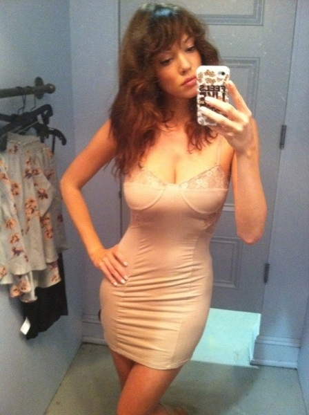 RT @xMissSarahDavis I can't tell if this is lingerie or a dress... #SexyTwitPics #STPBabes SEXY!!!