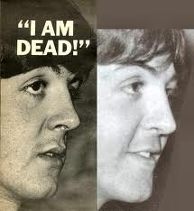 @Arturo_Ulises Paul y William Campbell (el impostor q todos conocen hoy como McCartney)