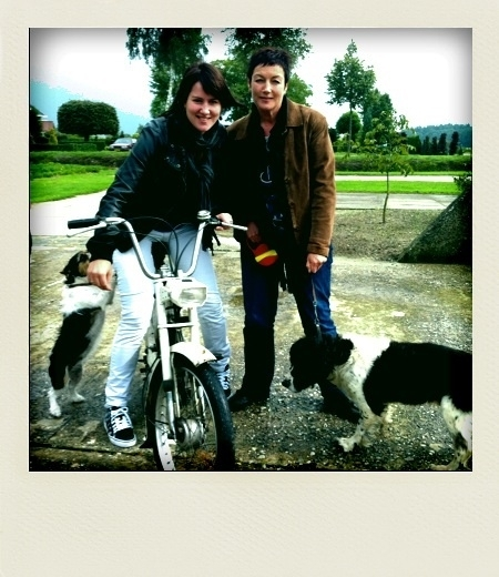 Hostess Annelie & daughter Jose & dogs #iaow @iamoneworld