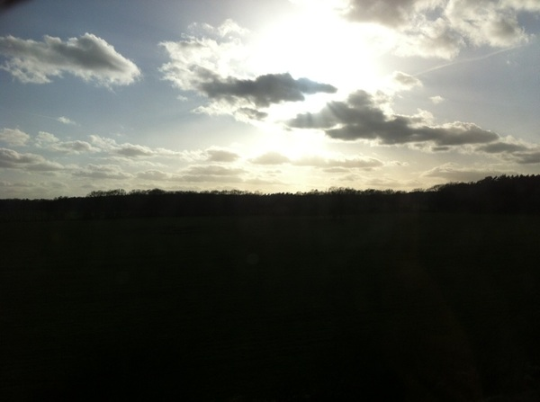 Beautiful evening sunshine on the train to Hamburg.. Hope to see you at Baalsaal tonight!