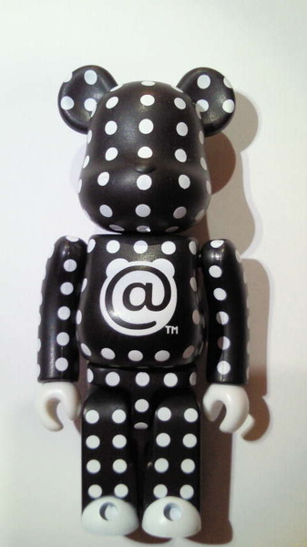 POLKA DOT 100% BE@RBRICK☆ #bearbrick