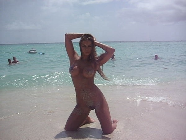 #TittyMonday #Pussy #XXXPICS EN LA PLAYA  #STP