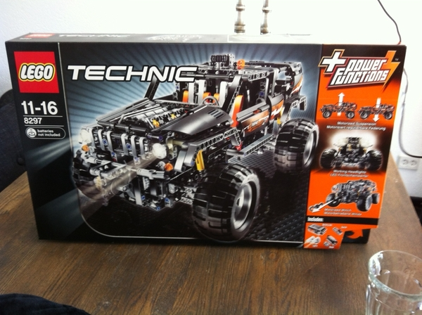 Look at this awesome Lego gift @Wilg's son got yesterday!