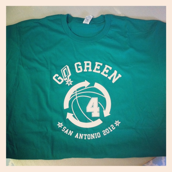 The #GoGreen shirt from @thrillcitync is nice. Just in time for game 4. #nbaT #nba #spurs