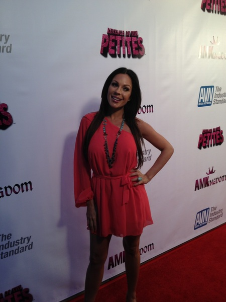Even @Kirsten_Price is here to see &quot;Revenge of the Petites&quot;!