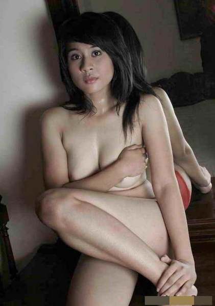 check my newest #sexy #naked #indo #girl #jessicatilia #boobs #tittyeveryday