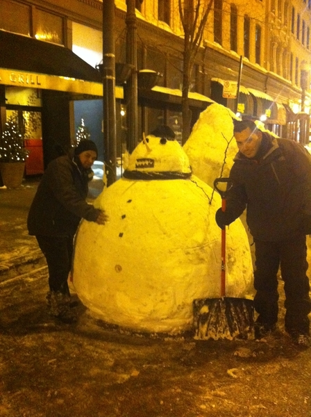 I can&#039;t help it: the Frontera &quot;valet&quot; snowman w the two guys who made it!
